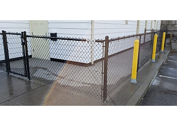 Richmond fencing contractor ACE LINK FENCE LTD