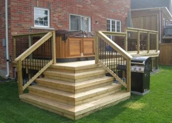 Stouffville fencing contractor A D HOLMES FENCE AND DECK