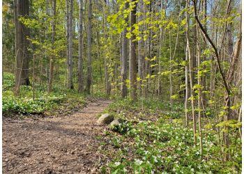 Barrie hiking trail ARBORETUM SUNNIDALE PARK