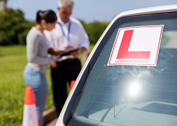 Medicine Hat driving school Above Average Driving Academy Inc.