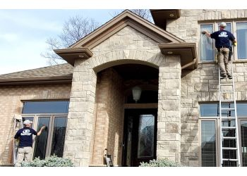 London window cleaner Accurate Window Cleaners