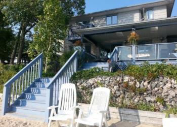 Adani Beach Retreat - Bed & Breakfast North Bay Bed And Breakfast