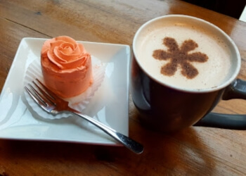 Ottawa cafe Alice's Village Cafe