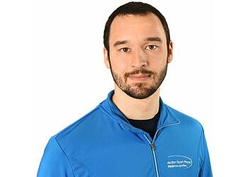 Longueuil physical therapist André Darveau-Maurais, M.Sc. PT