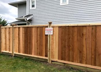 Abbotsford fencing contractor Assa Fencing Ltd.