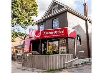 Brantford optician Avenue Optical