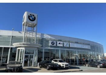 Laval car dealership BMW Laval