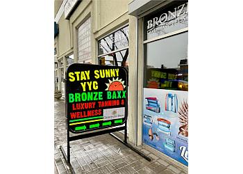 Calgary tanning salon BRONZE BAXX