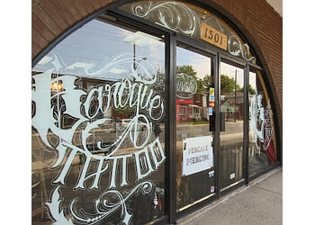 Longueuil tattoo shop Baroque Tattoo