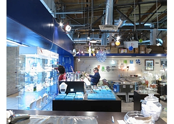 Winnipeg gift shop Bayshore Gifts In Glass