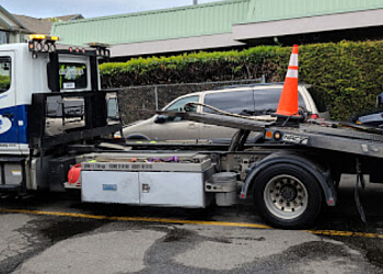 Surrey towing service Bayview Towing