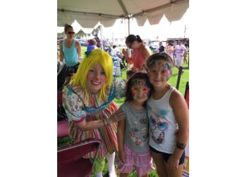 Oakville face painting Beebop the Clown & Friends
