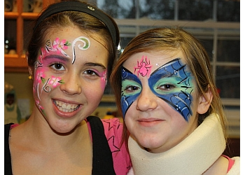 Halifax face painting Beezneez Facepainting