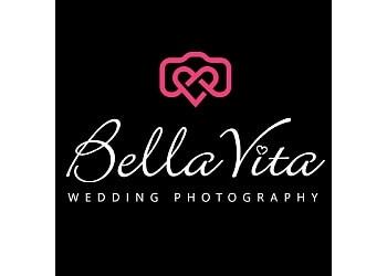 Laval wedding photographer Bella Vita Wedding Photography
