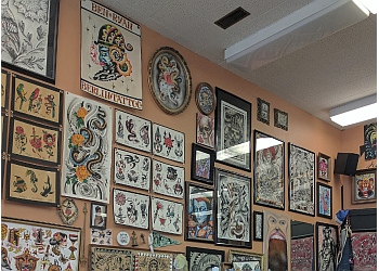 Kitchener tattoo shop Berlin Tattoo