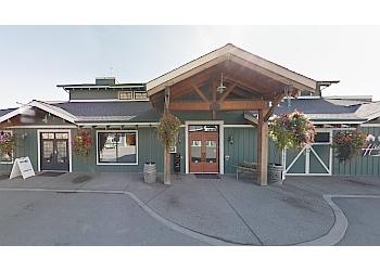 Kamloops seafood restaurant Bighorn Bar & Grill