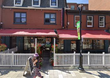 Halifax french cuisine Bistro Le Coq