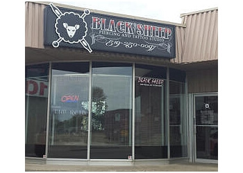 Windsor tattoo shop Black Sheep Piercing and Tattoo Studio