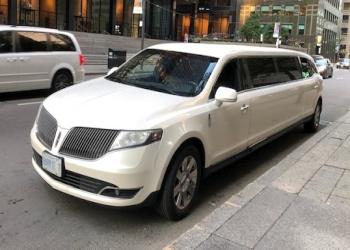 Newmarket limo service Black Tie Executive Limo