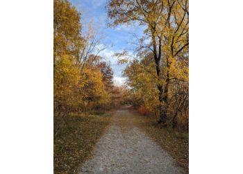 Sarnia hiking trail Blackwell Trails Park