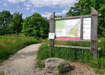 Markham hiking trail Bob Hunter Memorial Park Trail