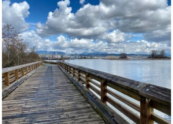 New Westminster hiking trail Brunette-Fraser Regional Greenway