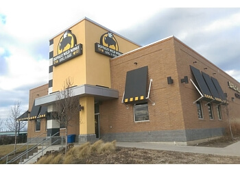 Hamilton sports bar Buffalo Wild Wings, Inc.