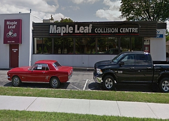 Niagara Falls auto body shop CSN Collision Center Maple Leaf