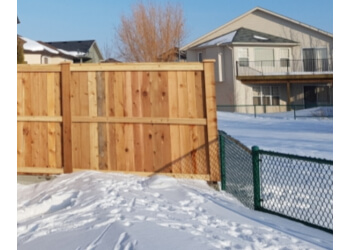 Lethbridge fencing contractor Camco Fencing and Lawns