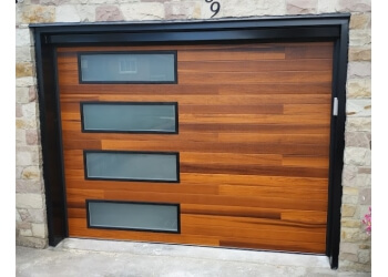 Niagara Falls garage door repair Canadian Door Doctor