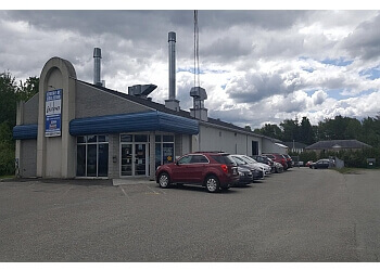 Sherbrooke auto body shop Carrosserie Centre De Collision Excellence Inc.