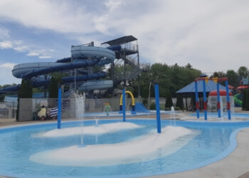 Oshawa amusement park Cedar Park