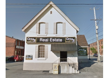 Orillia real estate agent Century 21 BJ Roth Realty, Ltd.