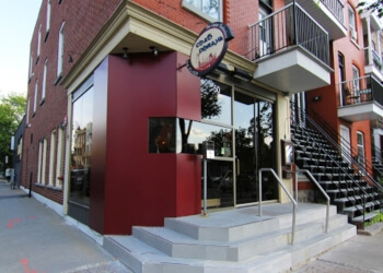 Montreal thai restaurant Chao Phraya