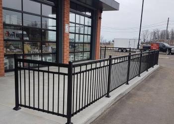 Blainville fencing contractor Clôtures D Fence