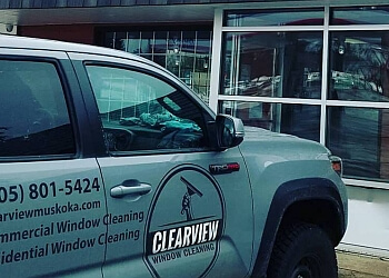 Huntsville window cleaner Clearview Window Cleaning