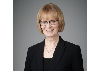 Winnipeg wedding officiant Colleen Olafson