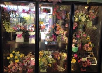 Oshawa florist College Park Flowers