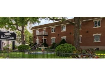 Montreal funeral home COMPLEXE FUNÉRAIRE T. SANSREGRET LTÉE
