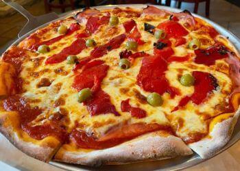 Winnipeg pizza place Corrientes Argentine Pizzeria