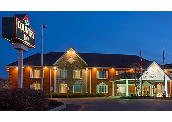 Oakville hotel Country Inn & Suites