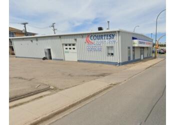 Regina auto body shop Courtesy Collision Centre