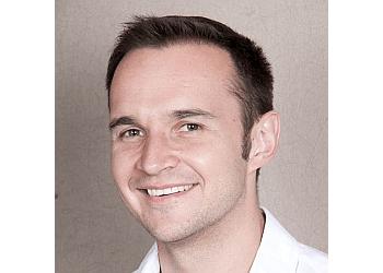Hamilton dentist DR. BOB ZARICZNIAK, DDS