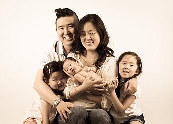 Mississauga children dentist  DR. MICHAEL PARK, B.SC, DDS, M.SC, FRCD