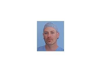 Vaughan plastic surgeon DR. SELIG KRAJDEN, MD, FRCSC