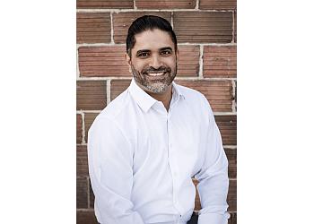 Kelowna cosmetic dentist DR. VIKRAM GREWAL - OKANAGAN SMILES