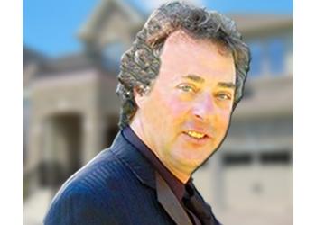 Stouffville real estate agent Dan Farquharson