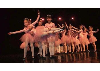 Shawinigan dance school Dance School Clémence & Loïska Carpentier