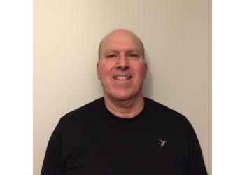 Markham physical therapist Daniel Lustgarten, BPHE, MScPT