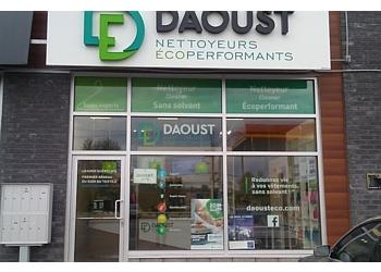 Mirabel dry cleaner Daoust Nettoyeurs Écoperformants